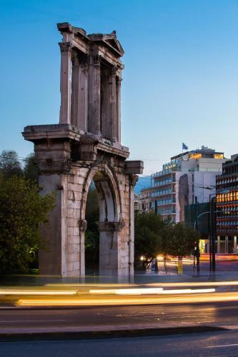 Syggrou Avenue 10, Athens 117 42, Greece.