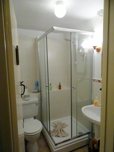 Double Room with Private External Shower Room