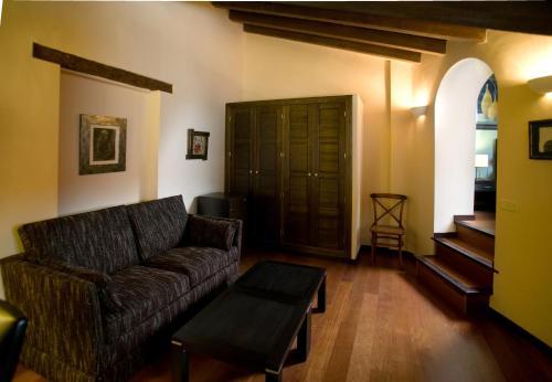 Suite Hotel Spa La Casa Del Convento 36