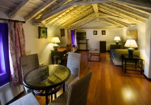 Suite Hotel Spa La Casa Del Convento 25