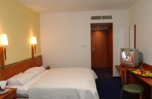 Hotel Veritas photo 6