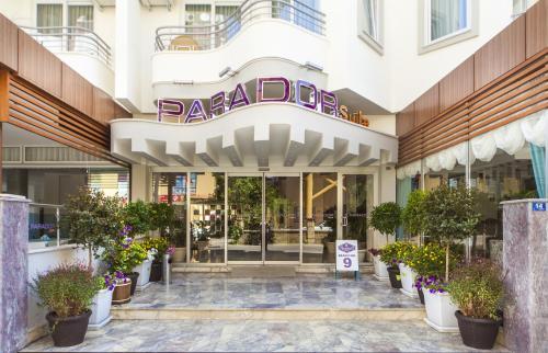 Alanya Parador Suite Hotel fiyat