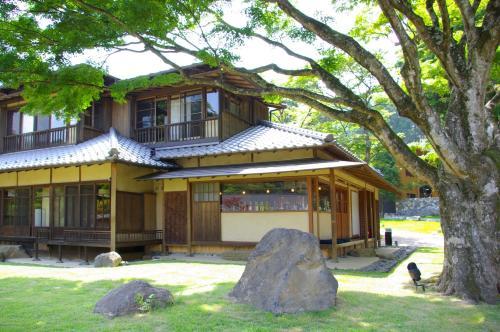 箱根翠松园酒店