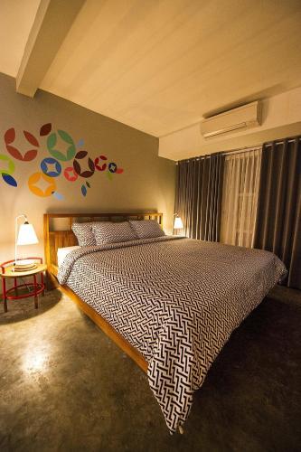 Lokal Hotel & Restaurant