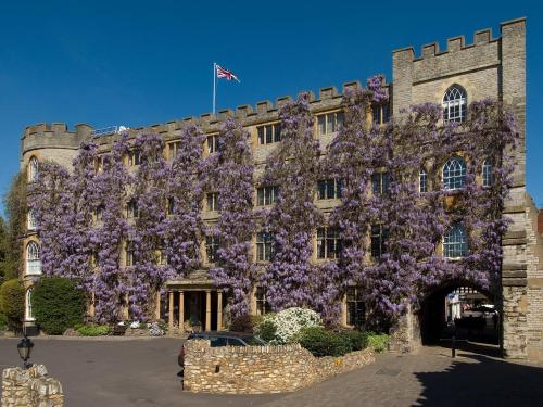 . Castle Hotel