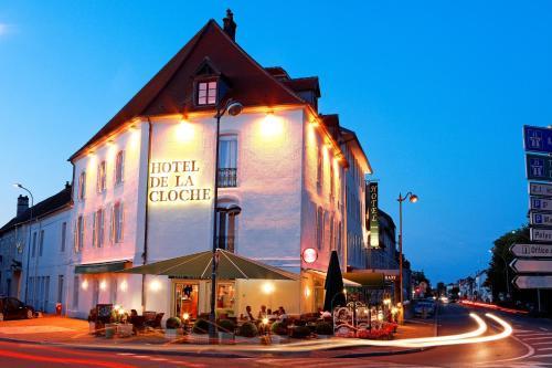 Hôtel de La Cloche - Hôtel - Dole