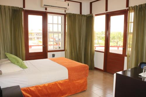 . Residence Inn Nickerie