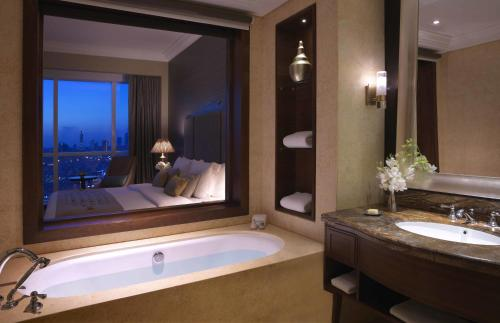 Dusit Thani Abu Dhabi Apartments photo 16
