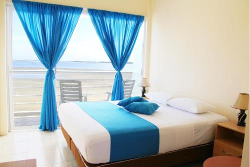 . Hotel Crucero