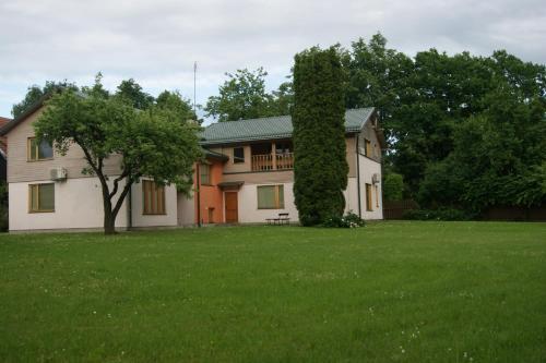 Parks Guest House (B&B)