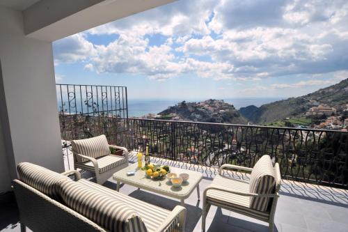 Colpo D'Ali -Panoramic terrace &Jacuzzi in Ravello