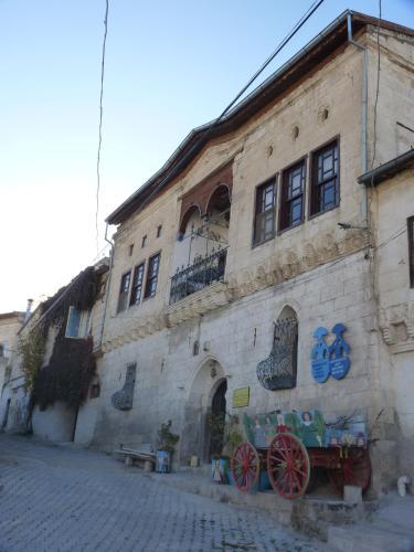 Mustafapaşa Buyuk Sinasos Konagi odalar
