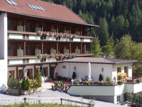 Hotel Garni Hainbacherhof Sölden