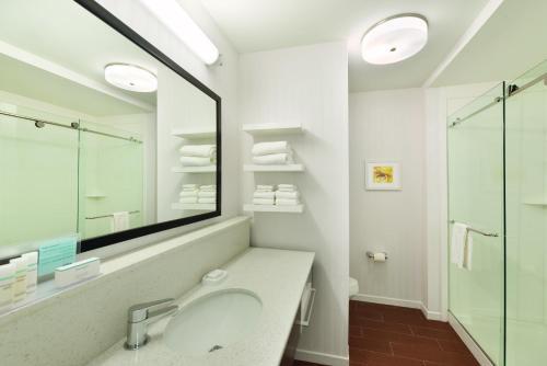 Photo - Hampton Inn & Suites - DeLand