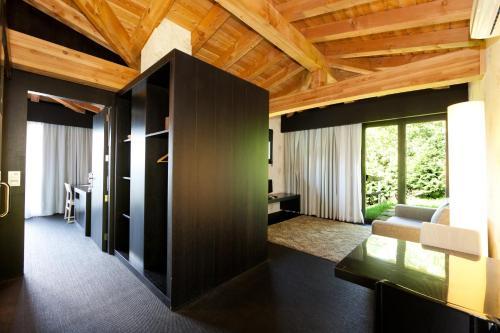 Suite Deluxe con cama extragrande Ellauri Hotel Landscape SPA - Adults Only 6