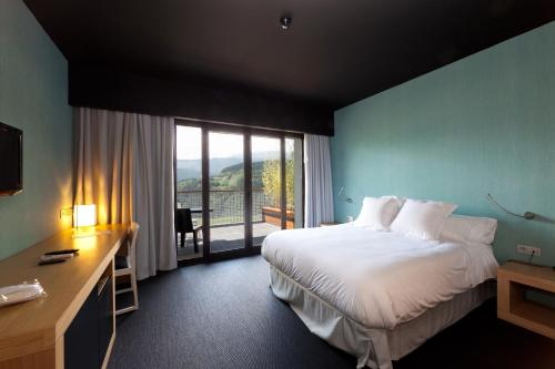 Double Room with Terrace Ellauri Hotel Landscape SPA - Adults Only 5