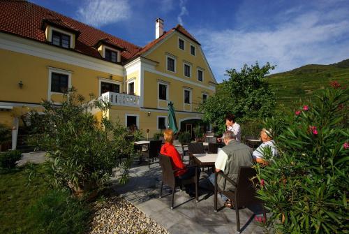. Hotel Weinberghof & Weingut Lagler