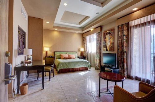 Karibe Hotel room photos