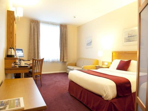 Foto - Future Inn Cardiff Bay