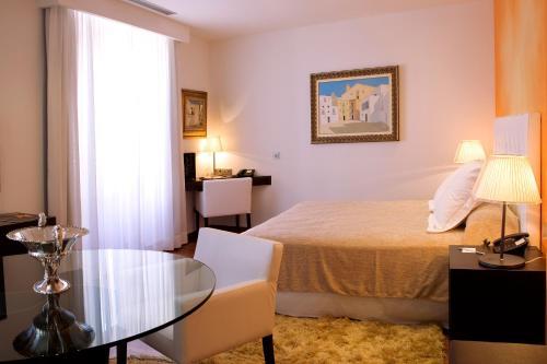 Superior Doppel- oder Zweibettzimmer Mirador de Dalt Vila-Relais & Chateaux 2