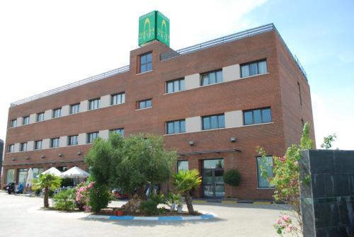 . Hotel Puerta Guadalajara
