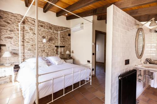 Standard Double Room - single occupancy Hotel Mas la Ferreria 3