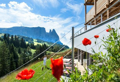 Hotel Chalet Dolomites - Alpe di Siusi/Seiser Alm
