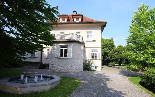 Apartments Boltez - Accommodation - Kranj