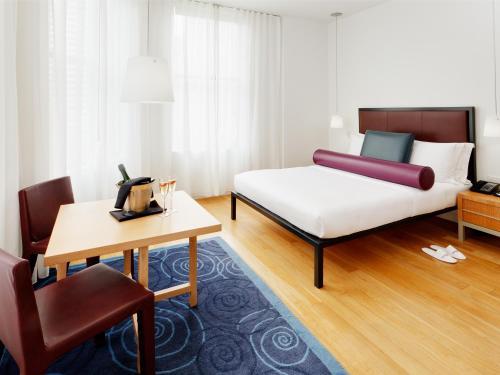 Photo - Bryant Park Hotel