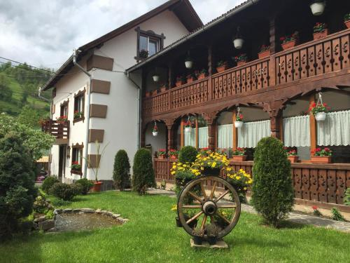 Accommodation in Botiza