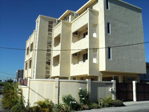 . Monalysa St Honore Apartment & Studios Grand Bay