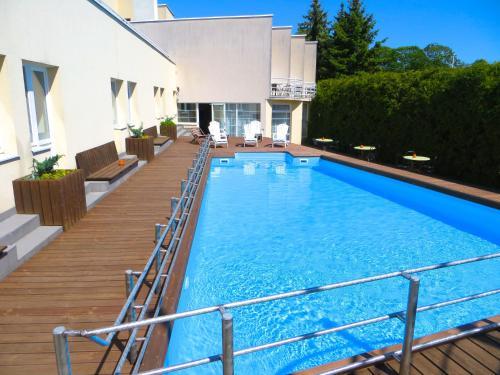 . Hotel Vesiroos