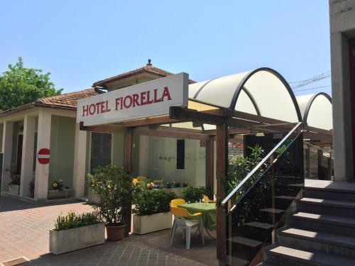 . Hotel Fiorella