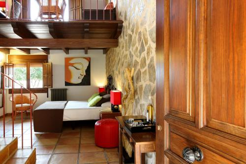 Suite Junior Hotel Alahuar 1