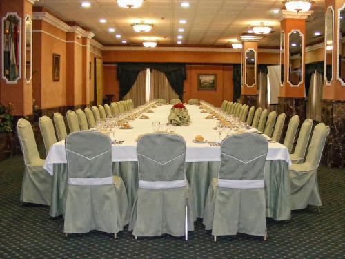 Hotel Infanta Cristina 14