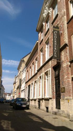 Onderbergen, Pension in Gent bei Schelderode