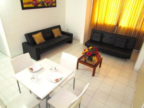 Hotel Apartamentos Jazmin - Cerca al Mar