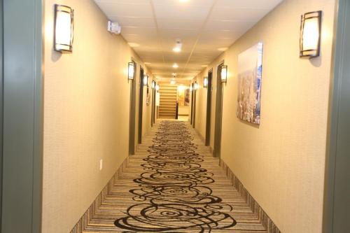 Red Carpet Inn Elmwood Park - Elmwood Park, NJ 07407