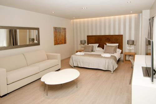 Serennia Exclusive Rooms photo 2
