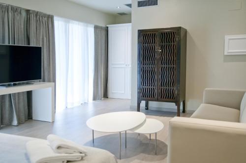 Serennia Exclusive Rooms photo 3