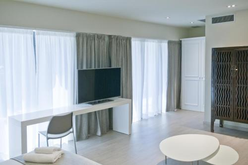 Serennia Exclusive Rooms photo 11