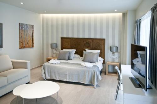 Serennia Exclusive Rooms photo 12
