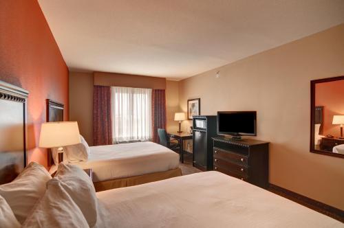 Holiday Inn Express Hotel And Suites Altus - Altus, OK 73521