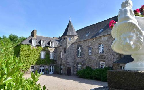 . Château de la Motte Beaumanoir