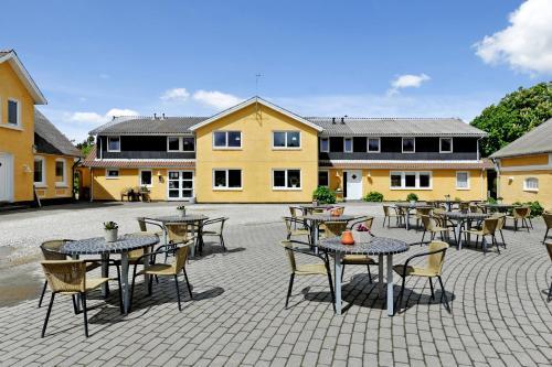 . Hotel Kirkedal