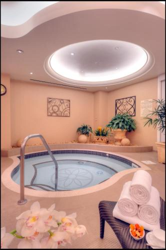 14100 Bonnet Creek Resort Lane, Orlando, Florida, 32821, United States.