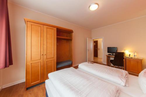 Novum Hotel Flora Apartments photo 22