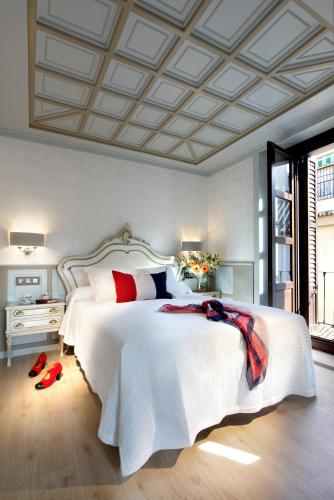 10 Best Granada Hotels: HD Photos + Reviews of Hotels in