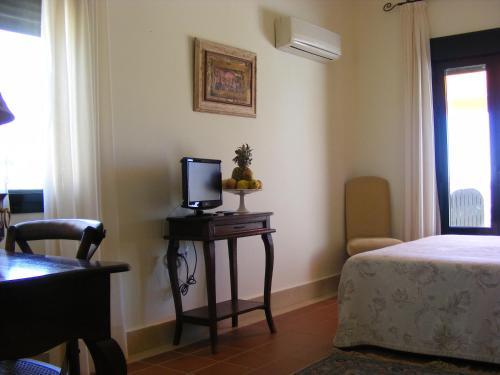 Doppel-/Zweibettzimmer mit Balkon und Meerblick Hotel Sindhura 52