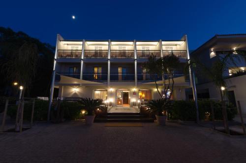 . Hôtel L'Amiral